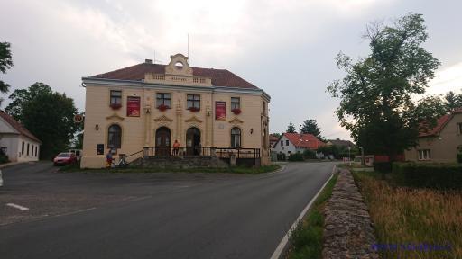 Hostinec - Škvorec