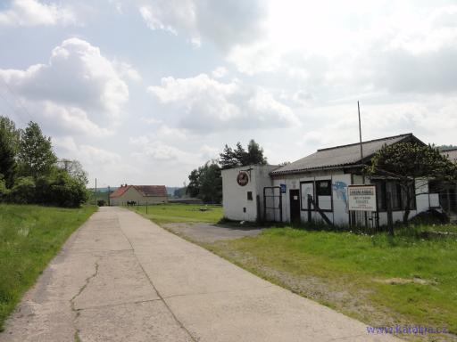 Občerstvení - Vodní nádrž obce Ptenína a Újezdce